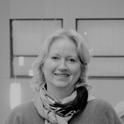 Marit Hvidsten - Kommunikasjon